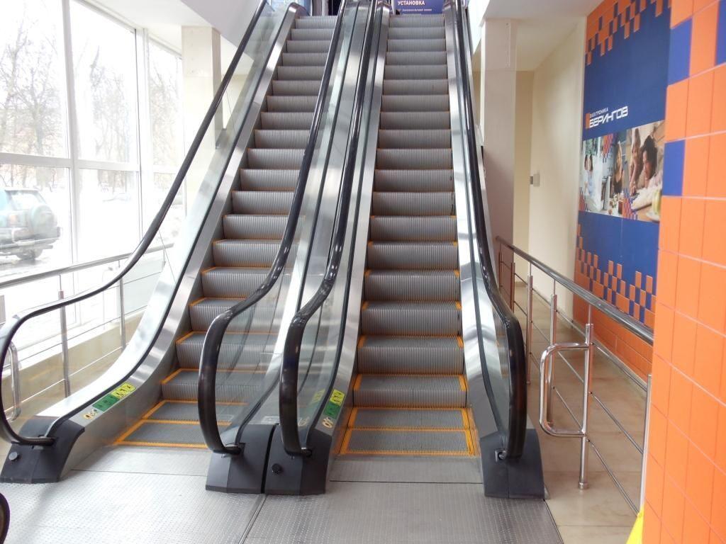 какая длина эскалатора в торговых центрах-юо2