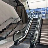 escalators LE6 store stroitel spb3n